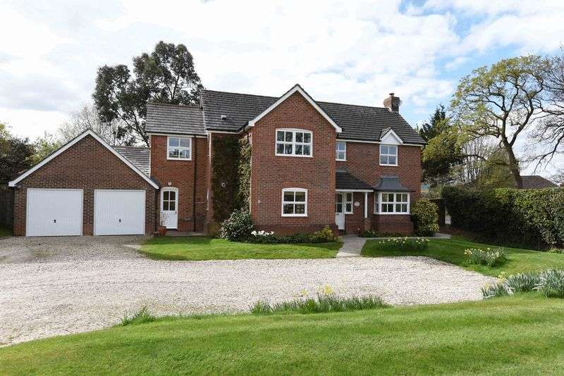 5 Bedrooms Detached House for sale in Basingstoke Road Kingsclere
