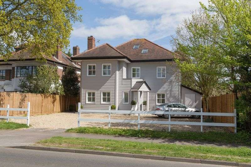 5 Bedrooms Detached House for sale in Southleigh Road, Warblington
