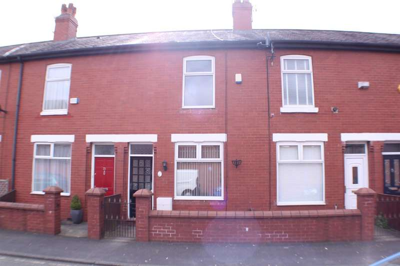 2 Bedrooms Property for sale in George Street, Eccles, Manchester