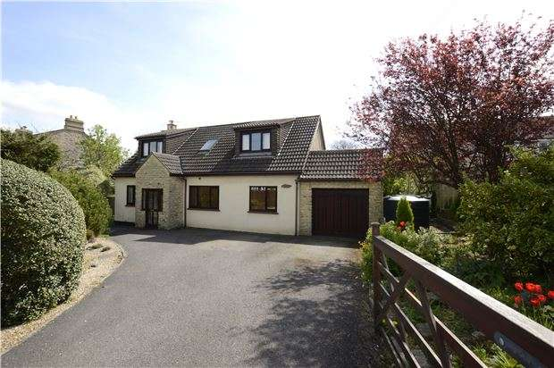 3 Bedrooms Detached Bungalow for sale in Tunley, BATH, Somerset, BA2 0DQ
