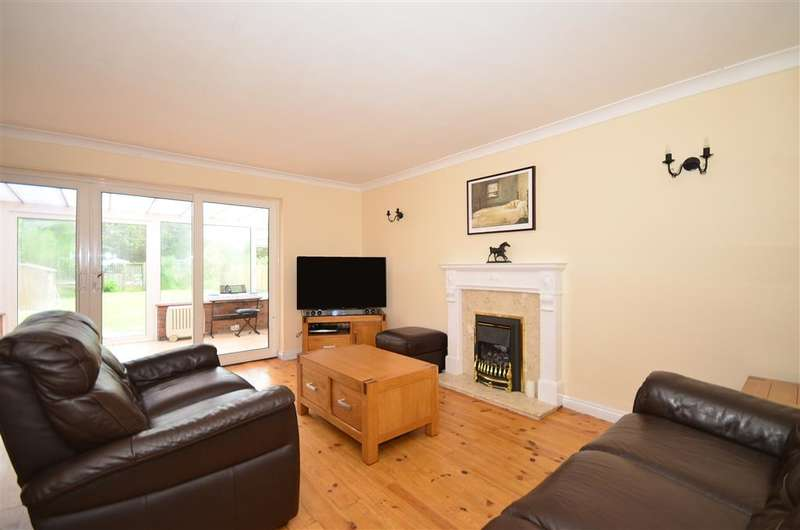 4 Bedrooms Detached House for sale in Meehan Road, Greatstone, Kent