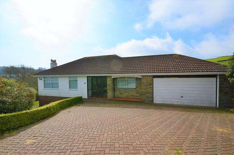3 Bedrooms Bungalow for sale in HUCCABY CLOSE, BRIXHAM