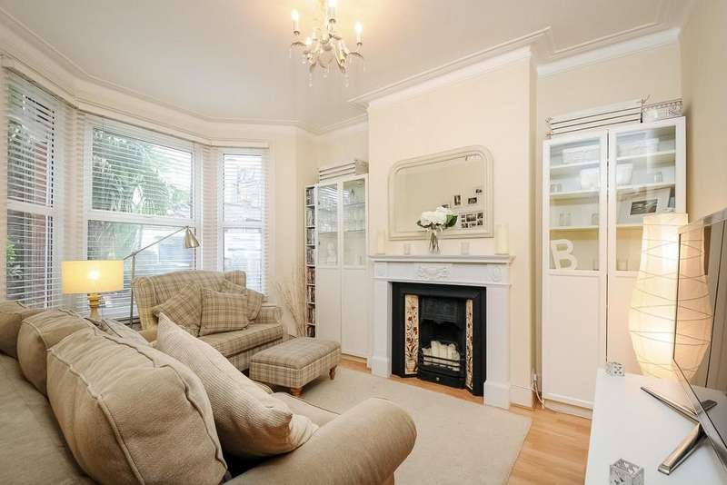 2 Bedrooms Flat for sale in Vant Road, Tooting, SW17