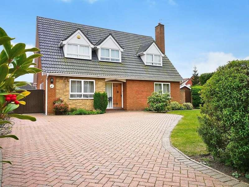 4 Bedrooms Detached House for sale in Corton Long Lane, Corton, Lowestoft