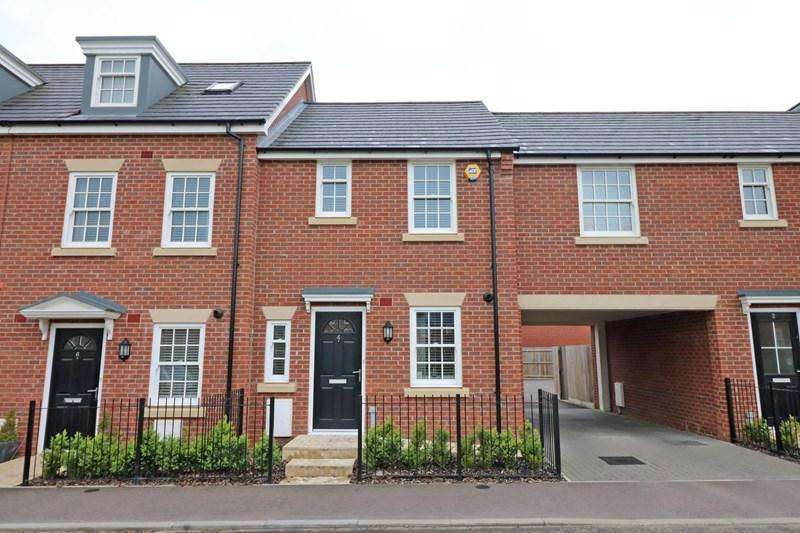 2 Bedrooms Town House for sale in Old Oak Close, Wymondham