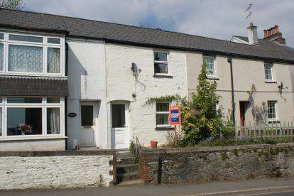 1 Bedroom Terraced House for sale in Liskeard, Cornwall