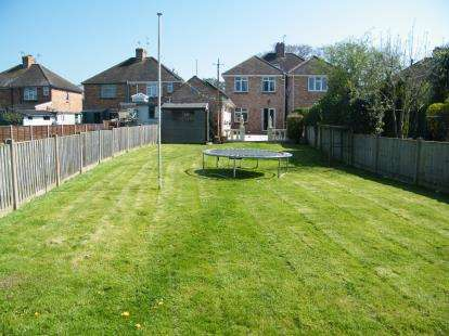 5 Bedrooms Semi Detached House for sale in Upton, Poole, Dorset
