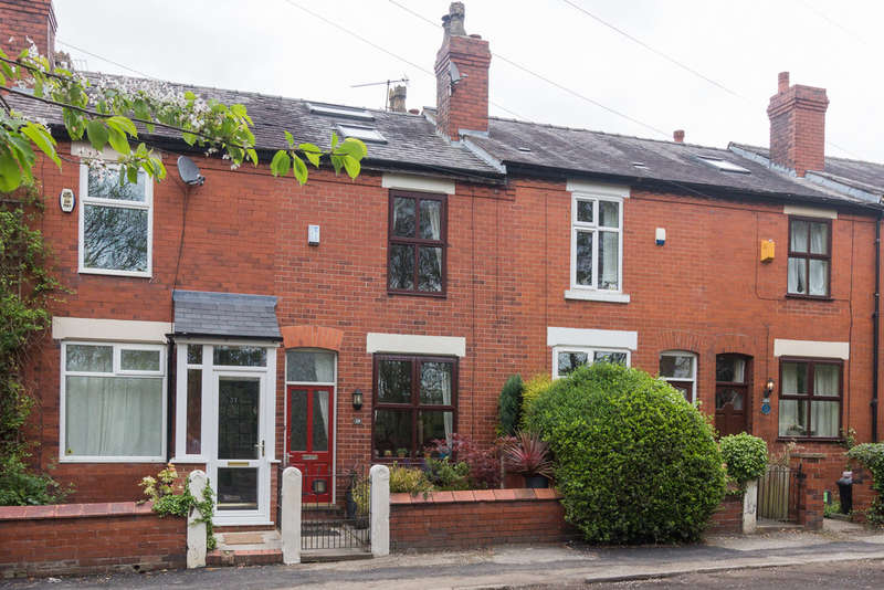 3 Bedrooms Terraced House for sale in Chapel Street, Heaton Mersey