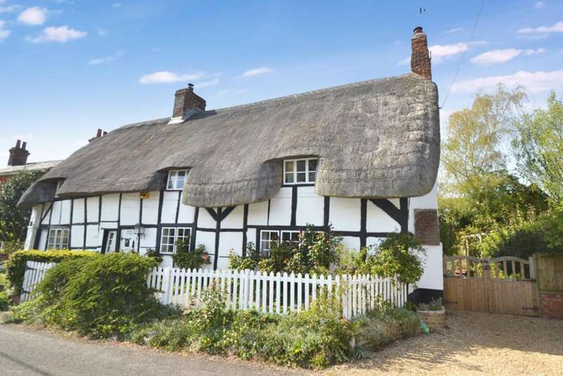 3 Bedrooms Cottage House for sale in Main Street, Padbury