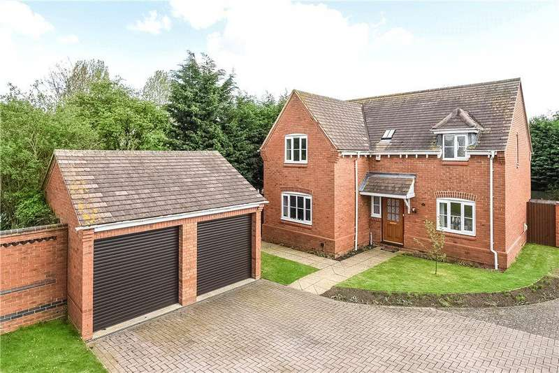 4 Bedrooms Detached House for sale in Pear Tree Close, Bromham, Bedford, Bedfordshire