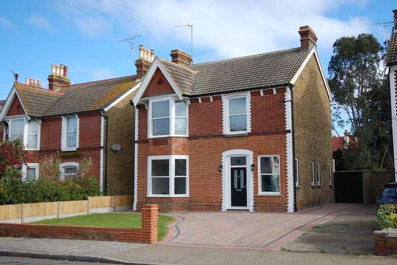 4 Bedrooms Detached House for sale in Mickleburgh Hill, Herne Bay
