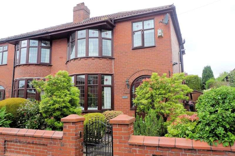 3 Bedrooms Semi Detached House for sale in Birkdale Drive, Bury, BL8