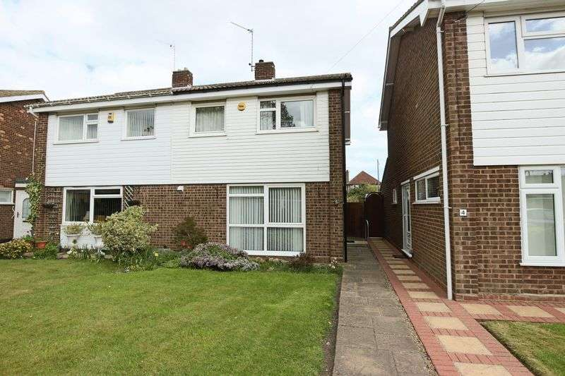 3 Bedrooms House for sale in Dolphin Close, Pakefield, Lowestoft