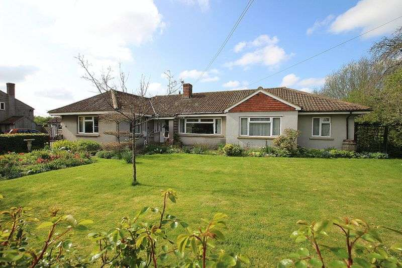 4 Bedrooms Detached Bungalow for sale in Newtown, West Pennard