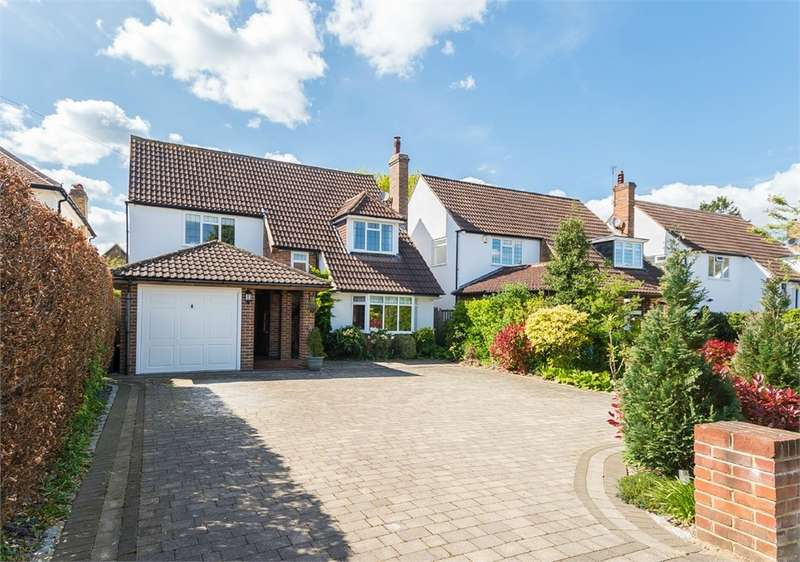4 Bedrooms Detached House for sale in Latchmoor Way, Chalfont St Peter