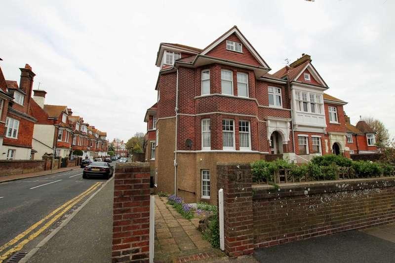 2 Bedrooms Flat for sale in Darley Road, Eastbourne, BN20 7PE