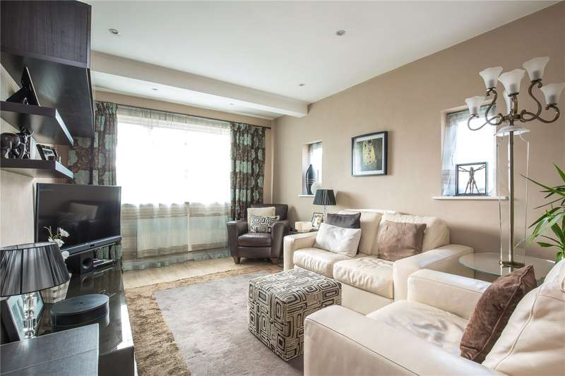 2 Bedrooms Maisonette Flat for sale in Dorchester Court, Southgate, N14