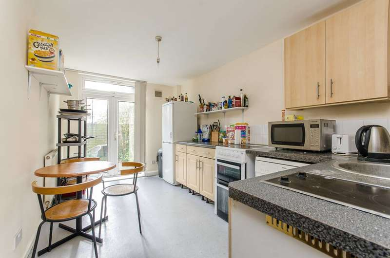 3 Bedrooms Flat for sale in Hackney Road, Shoreditch, E2