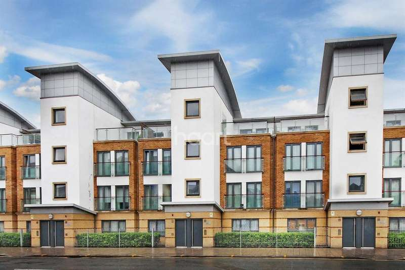2 Bedrooms Flat for sale in Dugdale Court, Harrow Road, Kensal Green