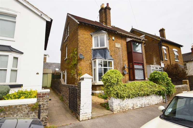 3 Bedrooms Property for sale in Lower Fant Road, Maidstone