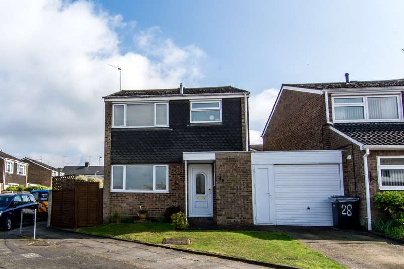 3 Bedrooms Link Detached House for sale in Fairfield Road, Dunstable, Bedfordshire, LU5