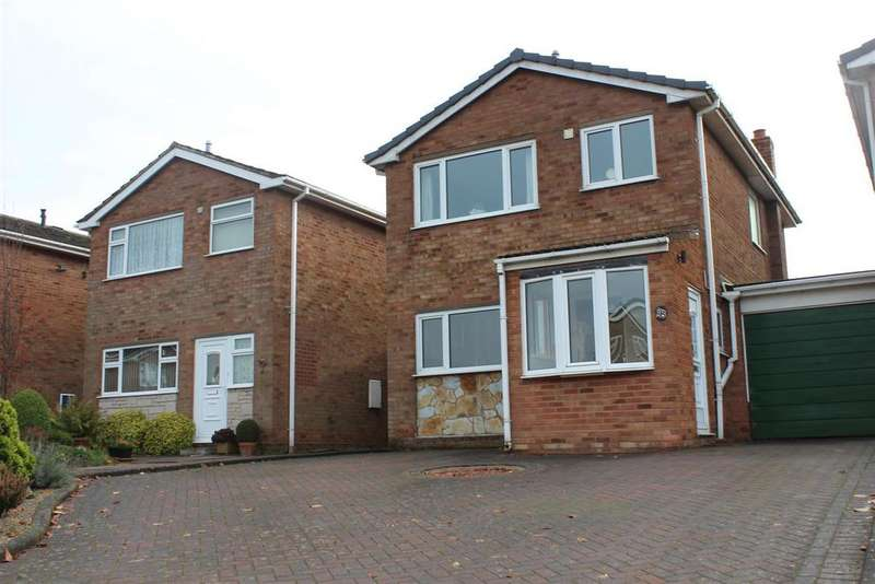 3 Bedrooms Link Detached House for sale in Cromwell Road, Tamworth