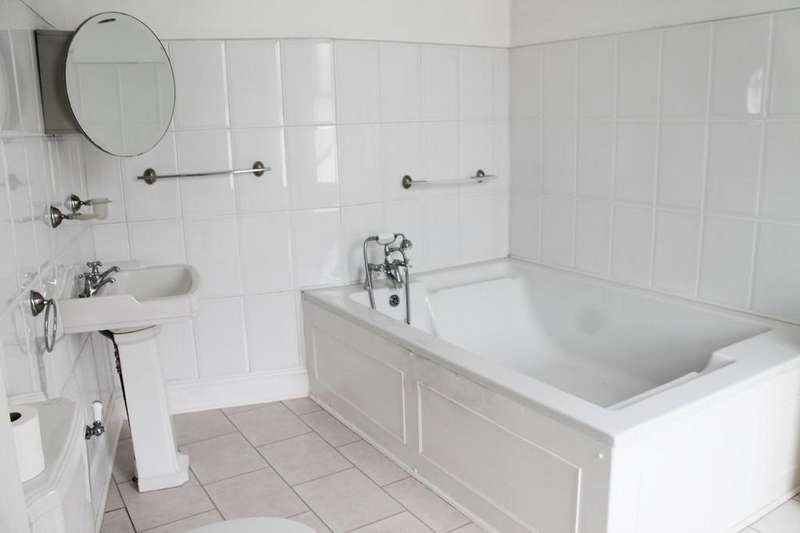 3 Bedrooms End Of Terrace House for sale in Carlisle Street, Goole