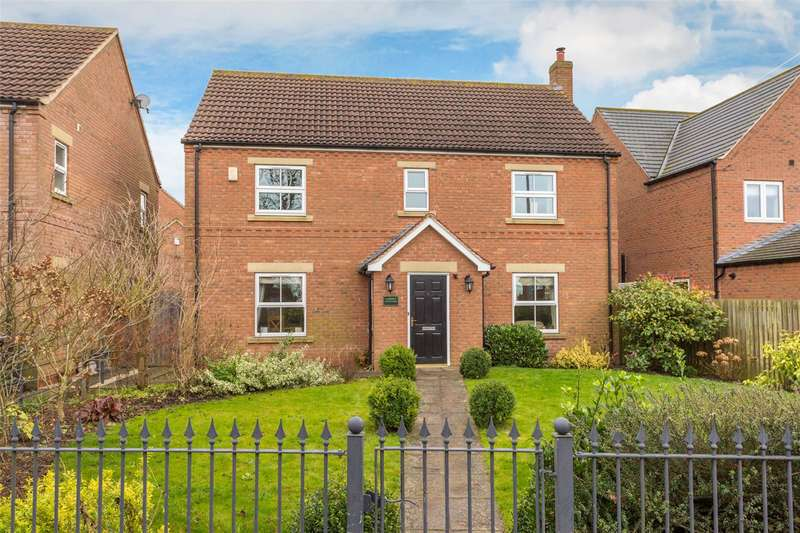 4 Bedrooms Detached House for sale in York Road, Cliffe, Selby, North Yorkshire, YO8