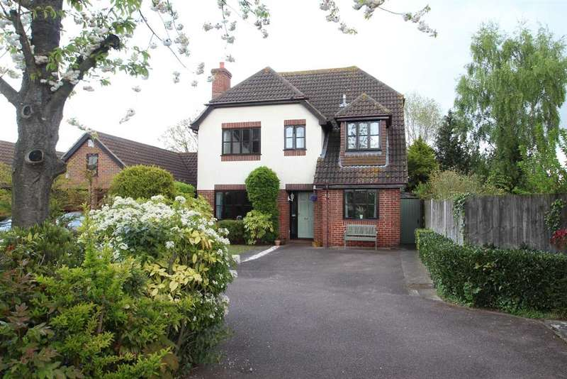 4 Bedrooms Detached House for sale in The Whinneys, Grange Farm, Kesgrave, Ipswich