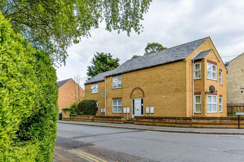 Flat for sale in Oyster Row, Cambridge, CB5