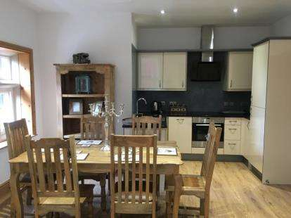 2 Bedrooms Flat for sale in Marlborough Hall, 30 Mapperley Road, Nottingham