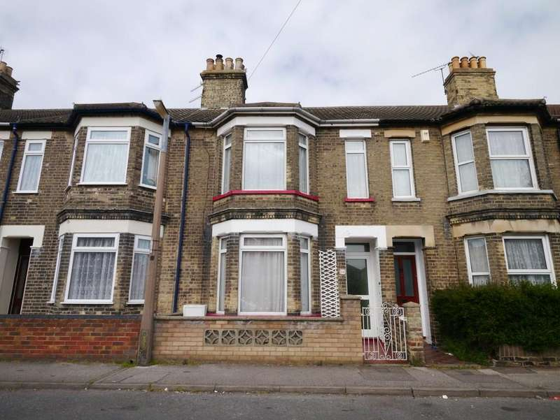 3 Bedrooms Terraced House for sale in Beaconsfield Road, South Lowestoft