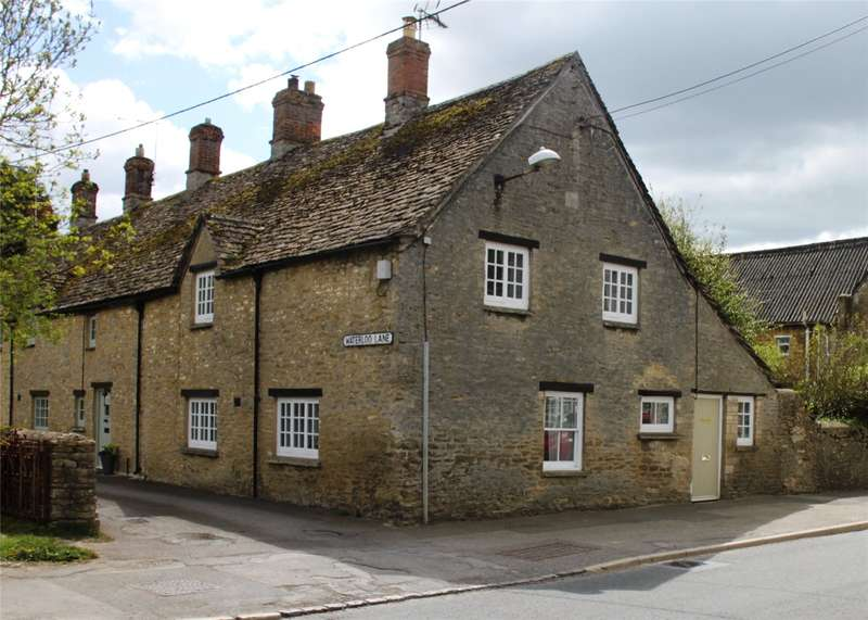 3 Bedrooms Terraced House for sale in Milton Street, Fairford, GL7