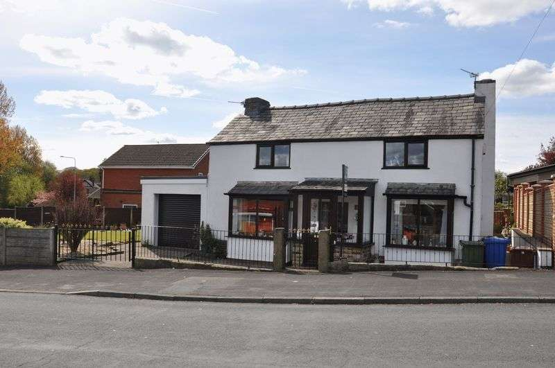 3 Bedrooms Detached House for sale in Melrose Way, Chorley