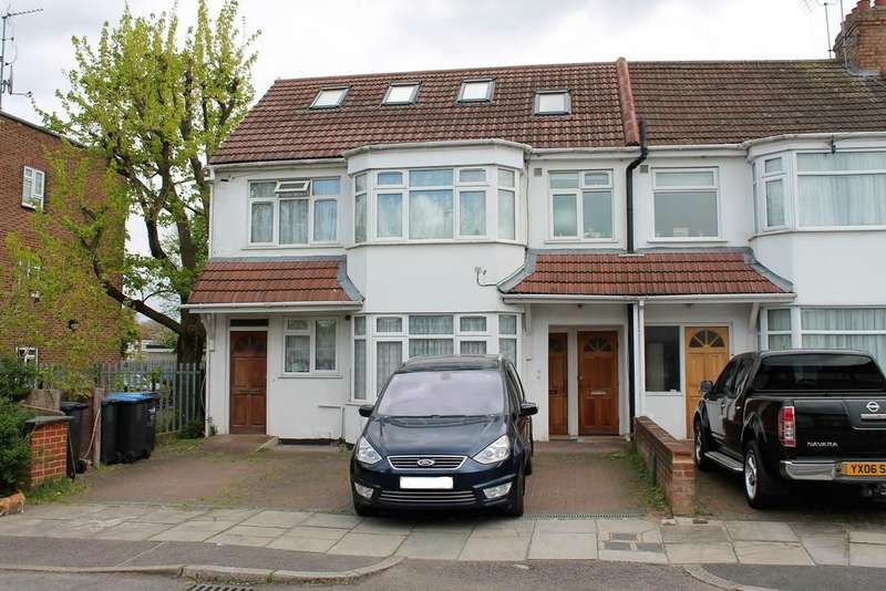 2 Bedrooms Maisonette Flat for sale in Hazel Close, Palmers Green