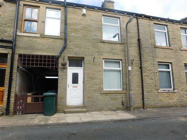 2 Bedrooms Terraced House for sale in York Street, Queensbury, Bradford