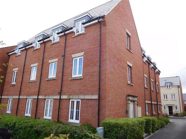 2 Bedrooms Apartment Flat for sale in Seymour Way, Magor