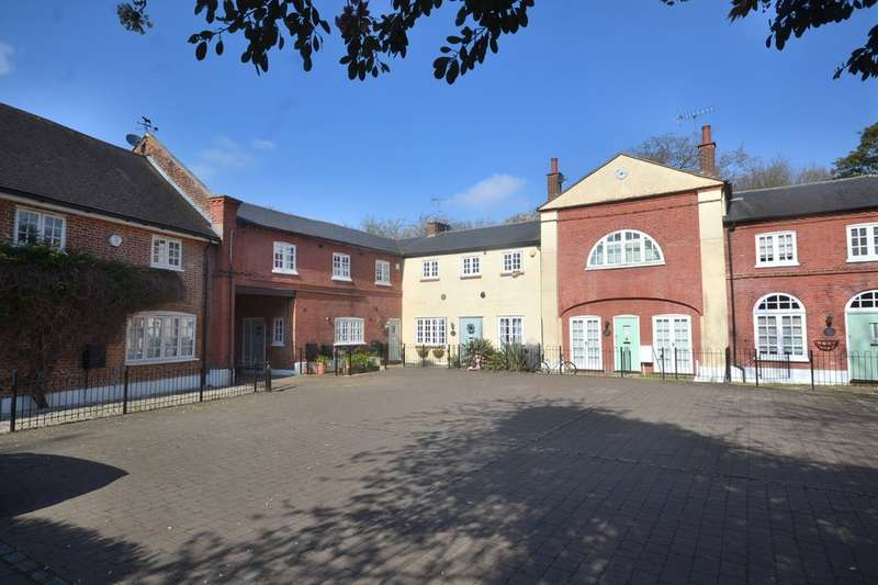 3 Bedrooms Mews House for sale in Coopers Mews, Garston Watford