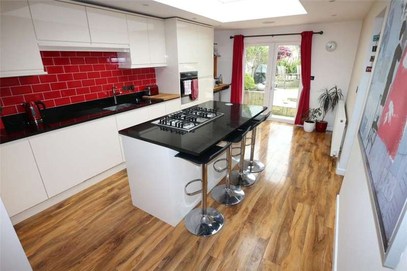 3 Bedrooms Terraced House for sale in Victoria Street, Camborne