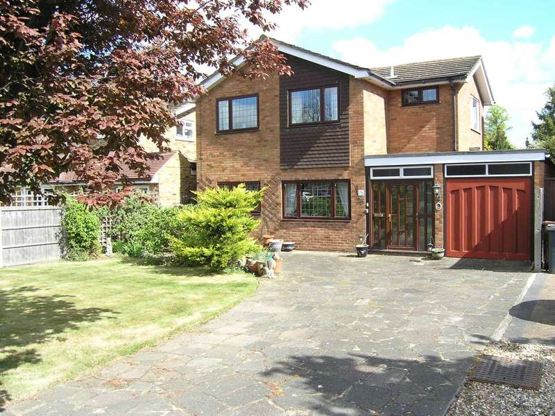 4 Bedrooms Detached House for sale in Heathfield Road, Bushey
