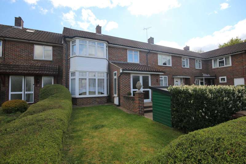 3 Bedrooms Terraced House for sale in Garth Square, Bracknell