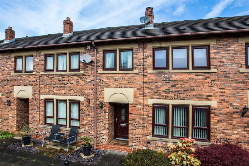 3 Bedrooms Mews House for sale in Ballard Close, Littleborough, OL15 9HN