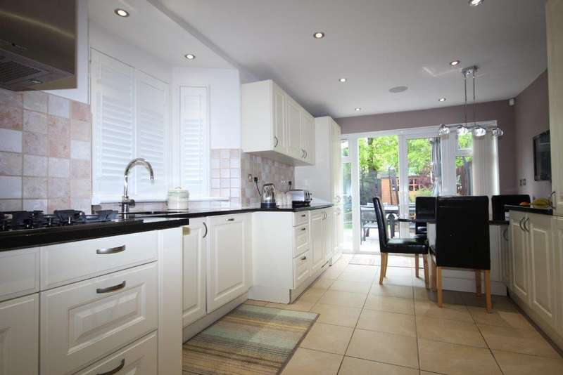 4 Bedrooms Apartment Flat for sale in Fortungate Road, Harlesden
