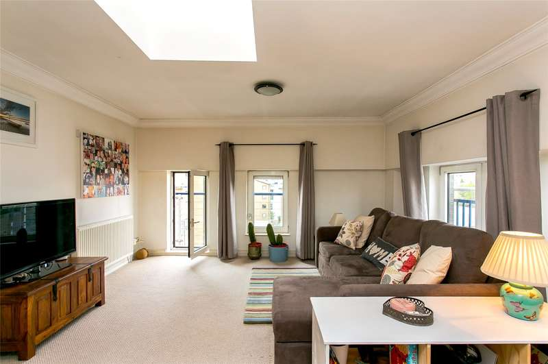 1 Bedroom Flat for sale in Molasses House, Clove Hitch Quay, London, SW11