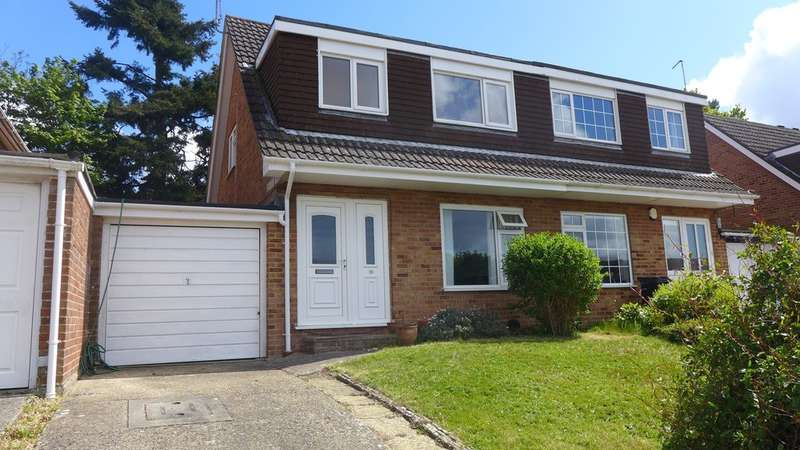 3 Bedrooms Semi Detached House for sale in FERNDOWN