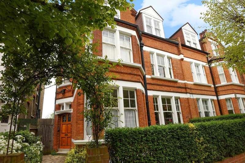2 Bedrooms Flat for sale in Ravenslea Road, Balham, SW12