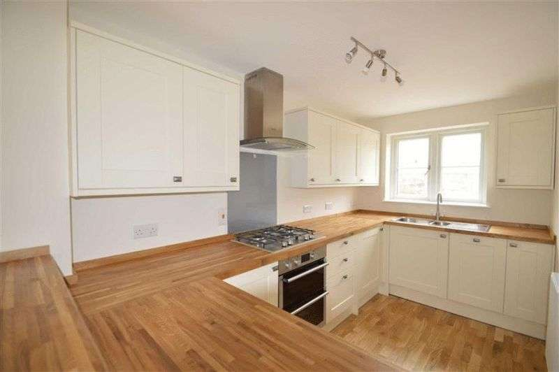 3 Bedrooms Terraced House for sale in Chavenage Lane, Tetbury