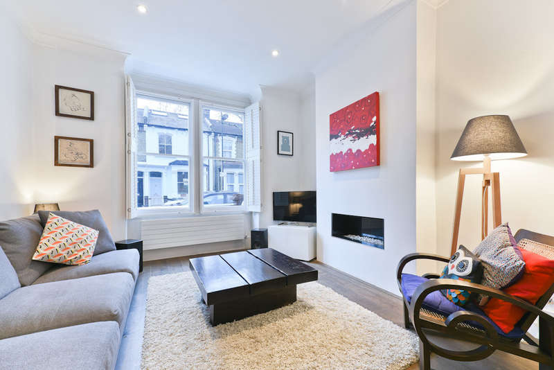 3 Bedrooms End Of Terrace House for sale in Ayrsome Road N16 0RD