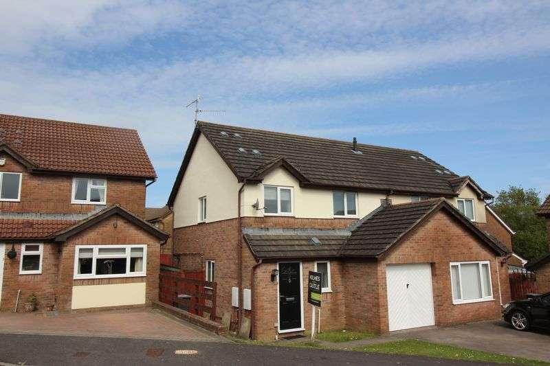 3 Bedrooms Semi Detached House for sale in Pensarn Way, Cwmbran