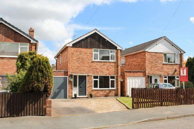 3 Bedrooms Detached House for sale in 36 Laurel Drive, Newport, Shropshire, TF10 7ly